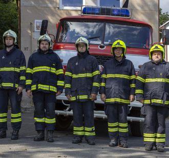 Minuta ticha: uctění památky dvou dobrovolných hasičů