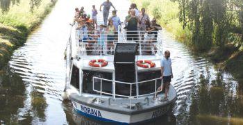 10 let lodi Morava