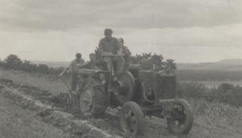 Orba traktorem