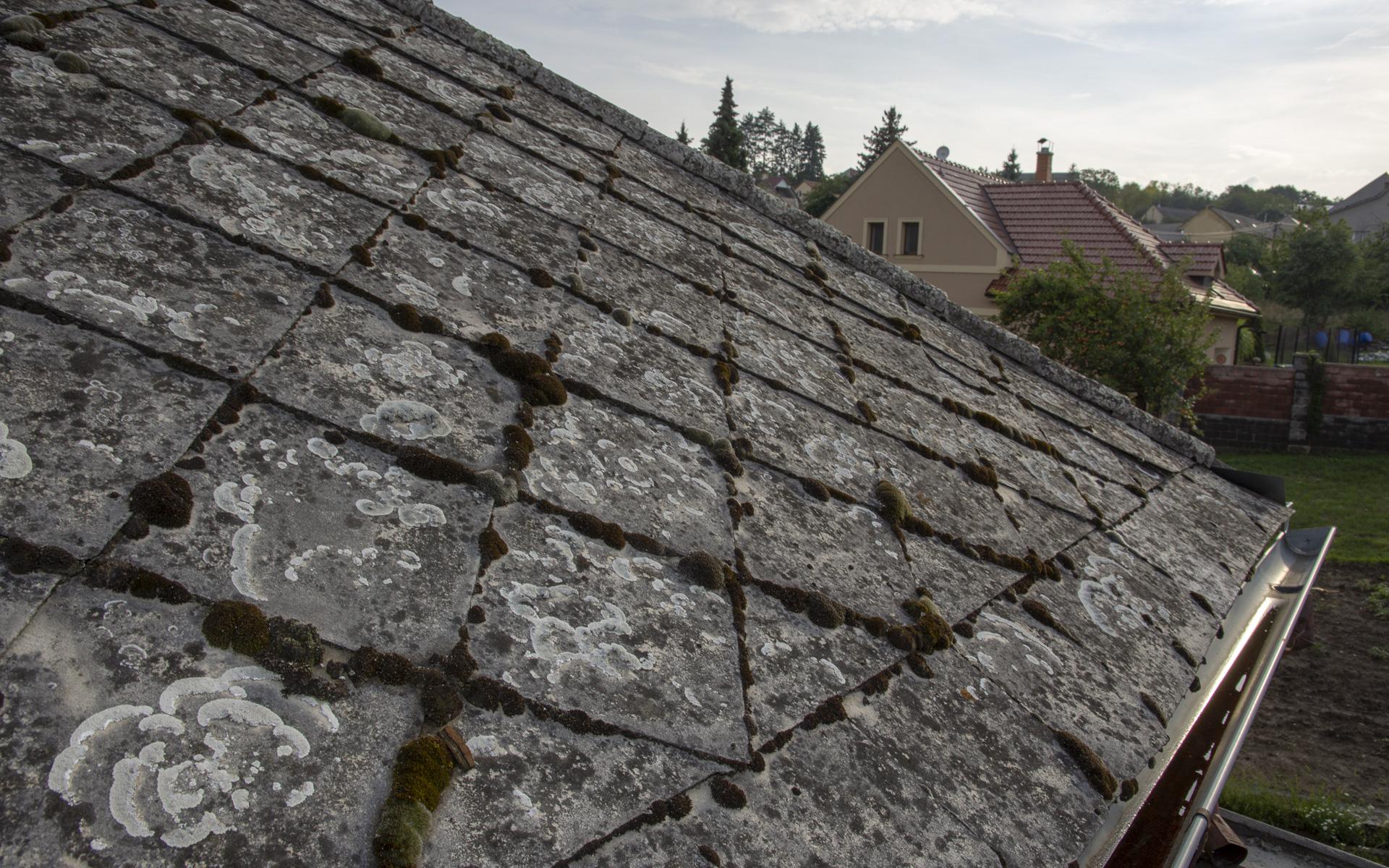 Střecha obecního úřadu