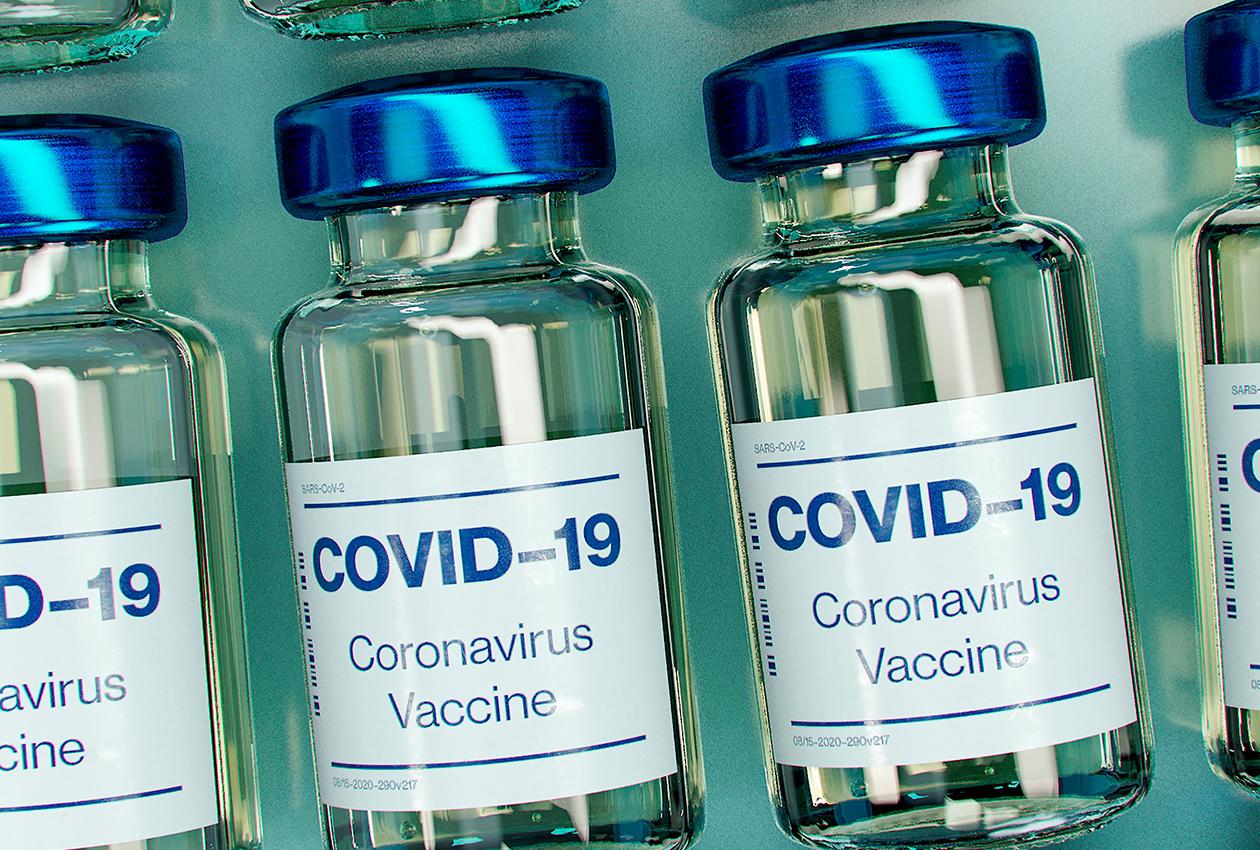 Očkování seniorů nad 80 let bylo zahájeno