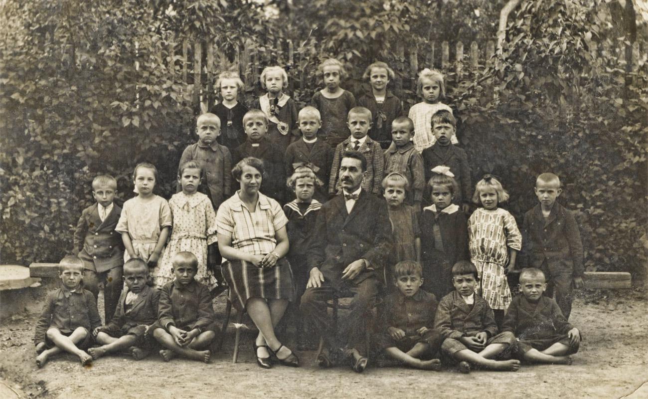 Výsledek obrázku pro retro škola